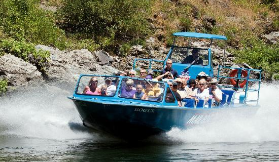 Mail Boat Hydro-Jet Trips   Gold Beach, Oregon   Keystone Vacation Rentals