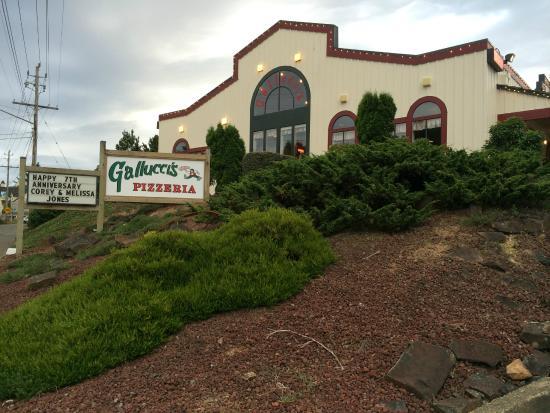 Gallucci S Pizzeria Lincoln City Oregon Keystone