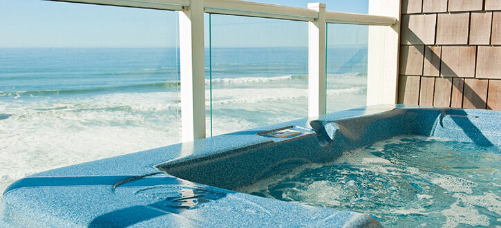 Pacific Winds Oceanfront Hot Tub